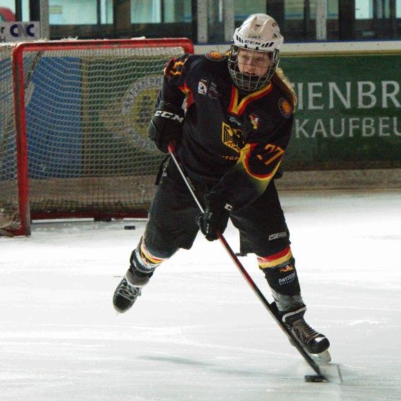 Lisa Heinz, SC Bietigheim-Bissingen und GirlsEishockey.de